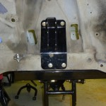 upper shock mount plate