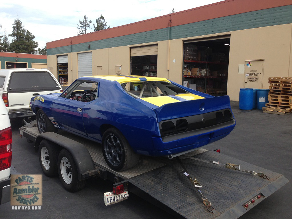 1974 AMC Javelin race car blue with yellow stripesYellow Javelin Car